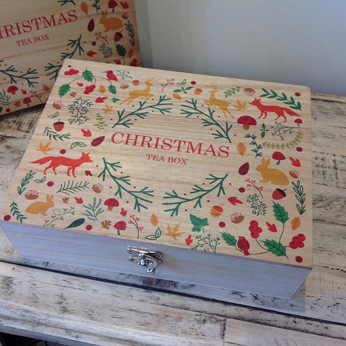 christmas-8_a-tea-box
