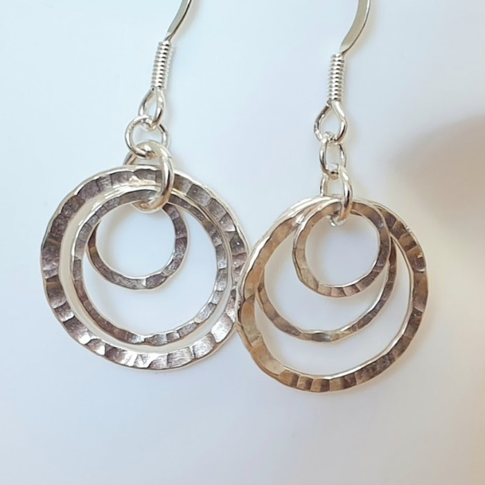 Small Multi link earrings Detail