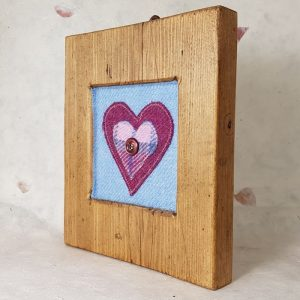 RUSTIC WOODEN FRAME WITH HARRIS TWEED APPLIQUE Detail,
