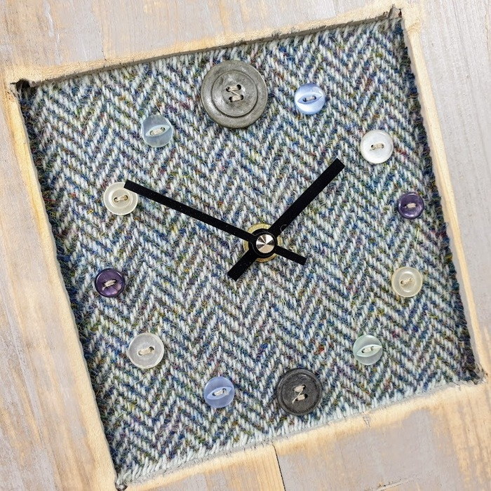 RUSTIC WOODEN CLOCK WITH HARRIS TWEED FACE DETAIL 2