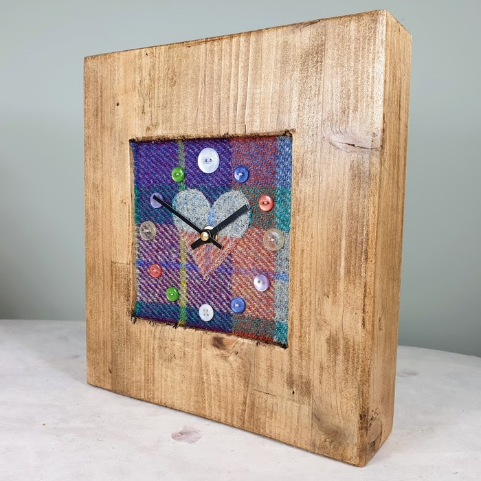 RUSTIC WOODEN CLOCK WITH HARRIS TWEED FACE DETAIL MIXEDHEART
