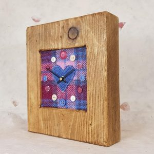 RUSTIC WOODEN CLOCK WITH HARRIS TWEED FACE (Mantle Clock) 2