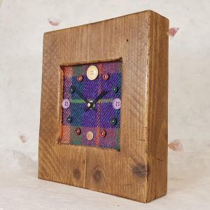 RUSTIC WOODEN CLOCK WITH HARRIS TWEED FACE (Mantle Clock) 3 HTTEALMIX