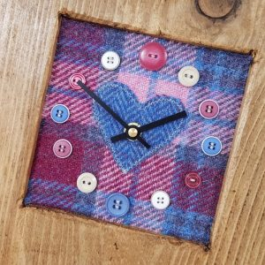 RUSTIC WOODEN CLOCK WITH HARRIS TWEED FACE (Mantle Clock) DETAIL