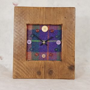 RUSTIC WOODEN CLOCK WITH HARRIS TWEED FACE (Mantle Clock)HTTEALMIX