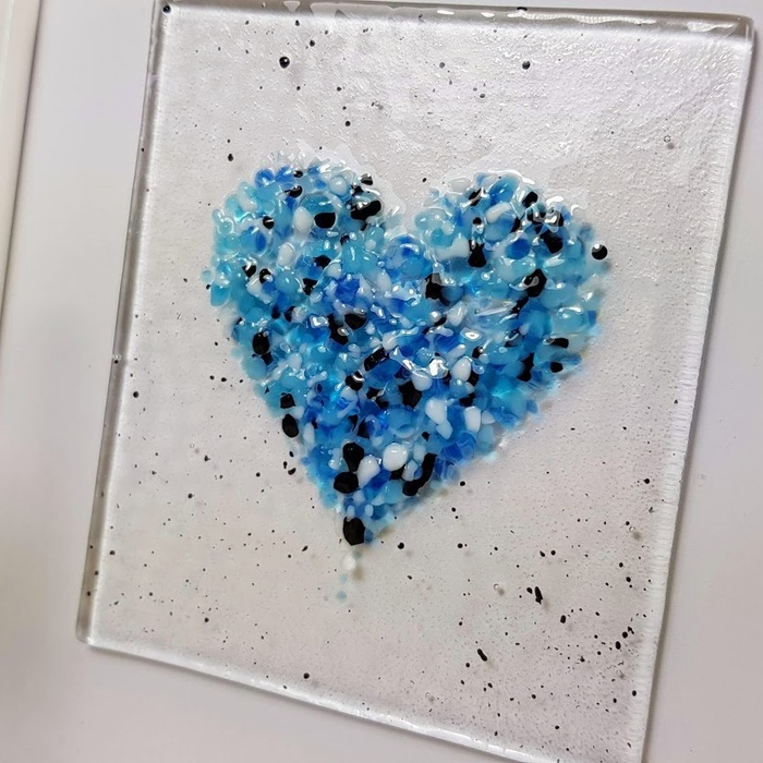 Fused Glass Heart Picture 2