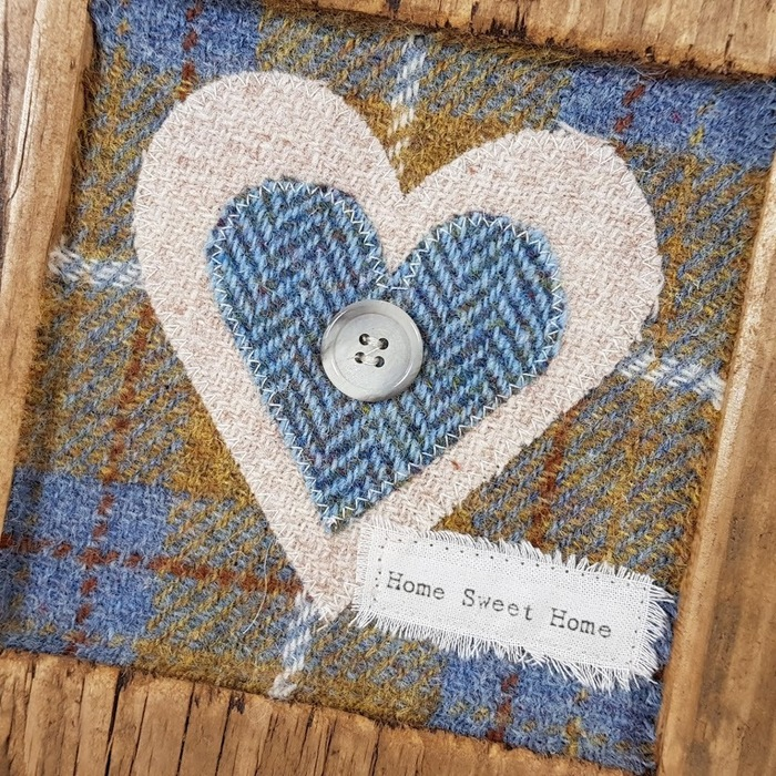 RUSTIC WOODEN FRAME WITH HARRIS TWEED APPLIQUE (Home Sweet Home) DETAIL,