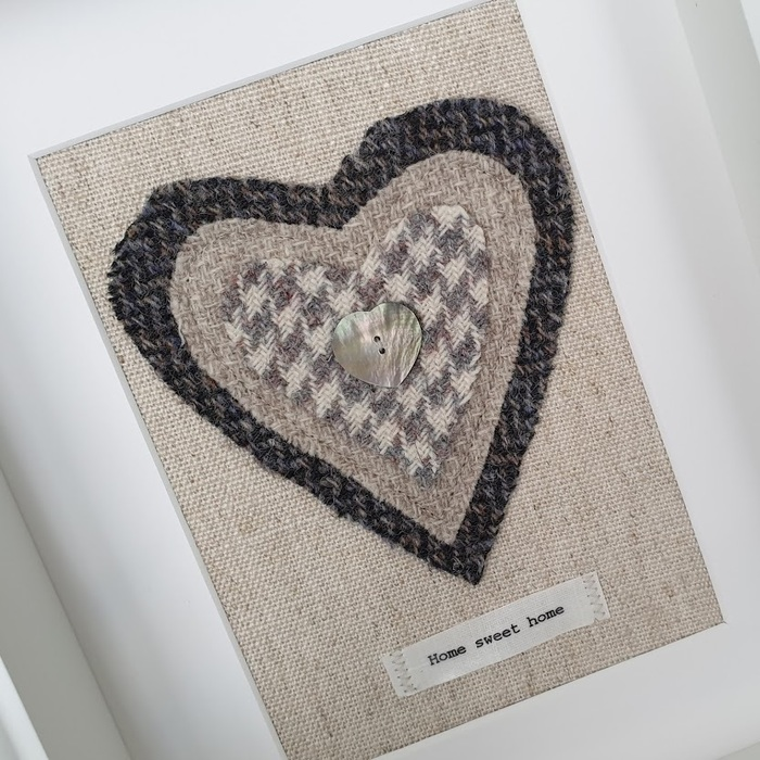 HARRIS TWEED HEART PICTURE…HOME SWEET HOME CHARCOAL