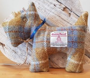 HARRIS TWEED SCOTTIE DOG GOLD CHECK