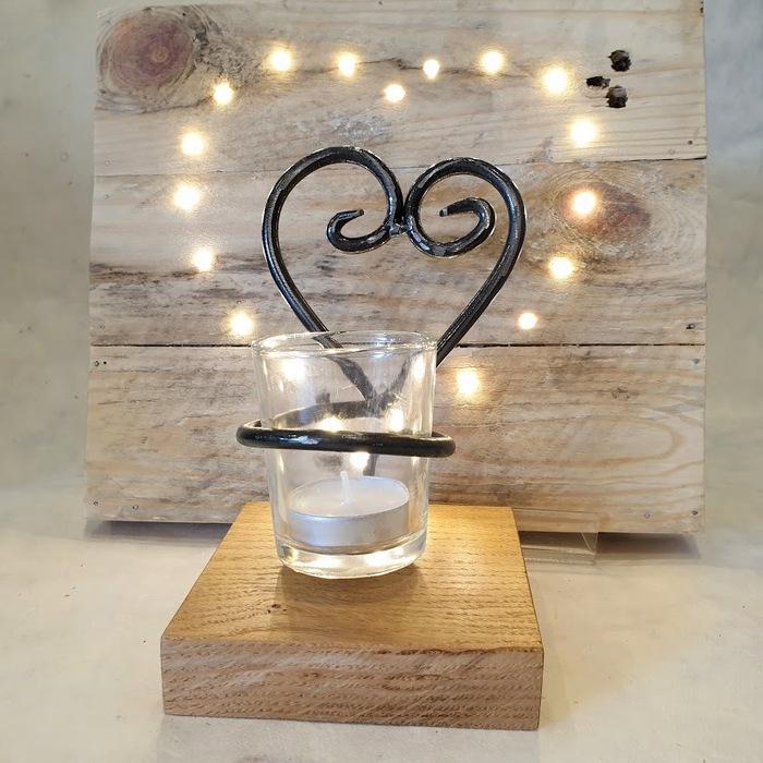 METAL HEART TEA LIGHT HOLDER