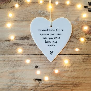 PORCELAIN HANGING HEART GRANDCHILDREN