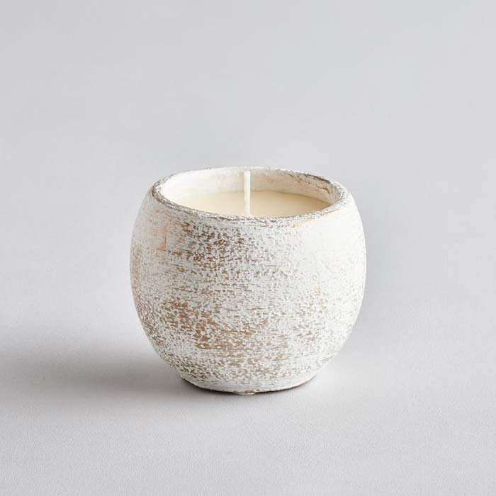 White Christmas Inspiritus Scented Candle Pot