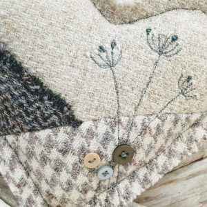 EMBROIDERED HARRIS TWEED HEART DETAIL