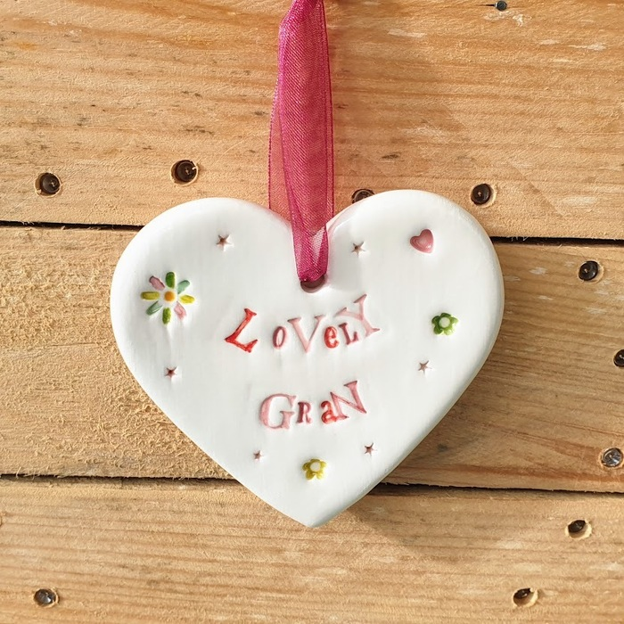 CERAMIC HEART LOVELY GRAN