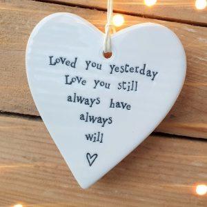 PORCELAIN HEART LOVE YOU STILL DETAIL
