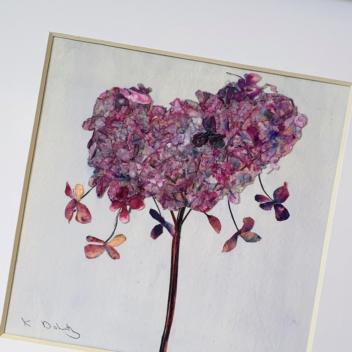 FRAMED ORIGINAL HYDRANGEA HEART DETAIL