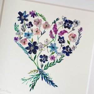 FRAMED ORIGINAL LARGE FLOWER HEART DETAIL