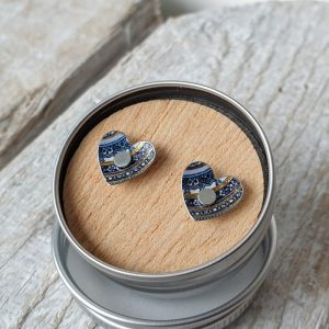 HEART SHAPED STUDS BLUE PAISLEY DETAIL