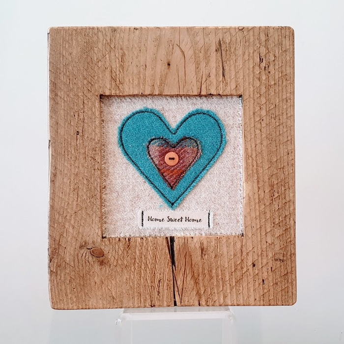 RUSTIC WOODEN FRAME WITH HARRIS TWEED APPLIQUE